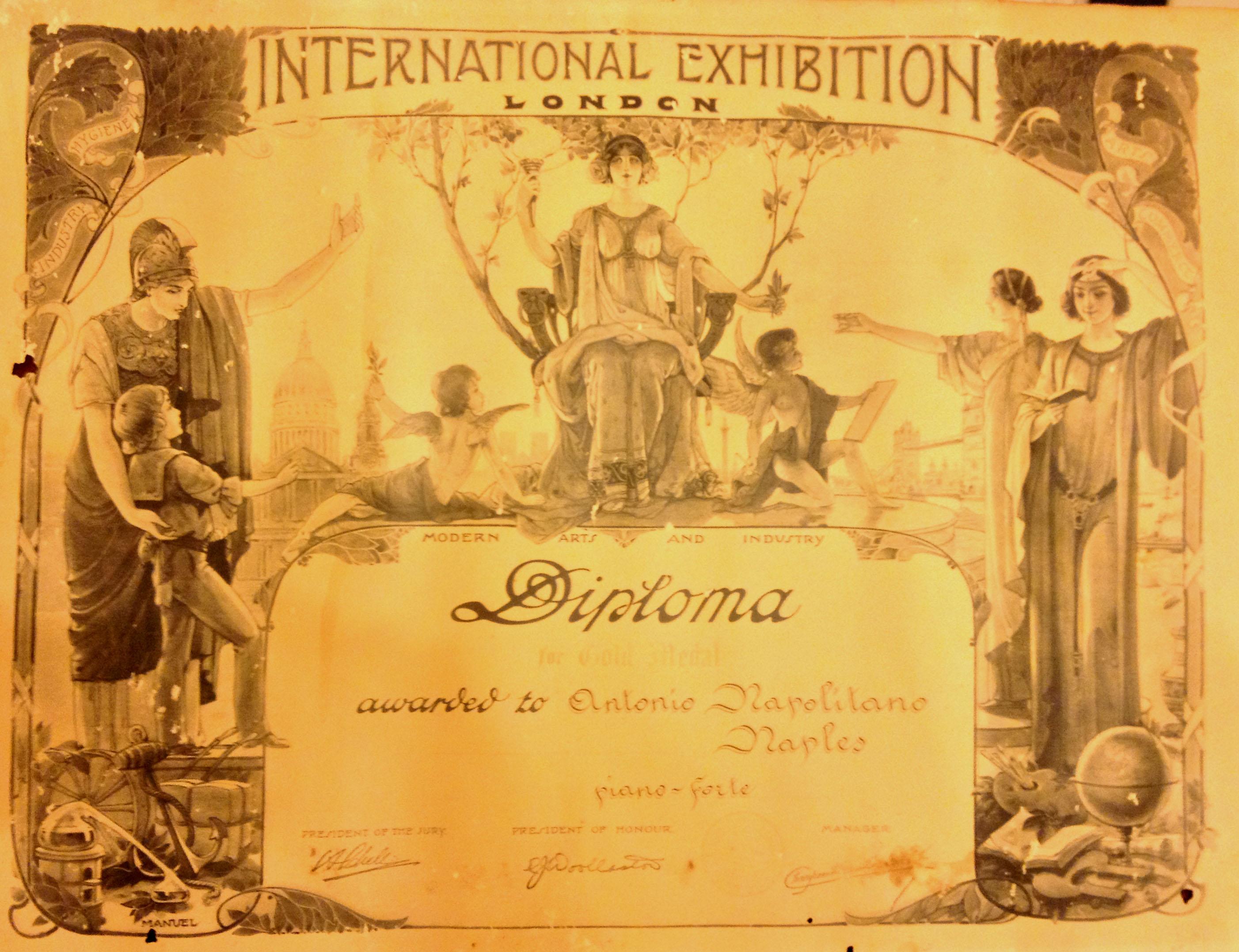 Premio-esposizione-internazionale-Londra-Alberto-Napolitano-Pianoforti-Napoli
